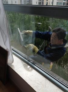 Laveur vitres 2