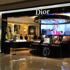 19-Dior