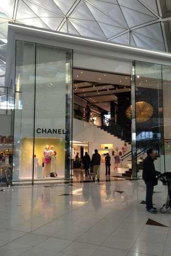 34-Airport Chanel