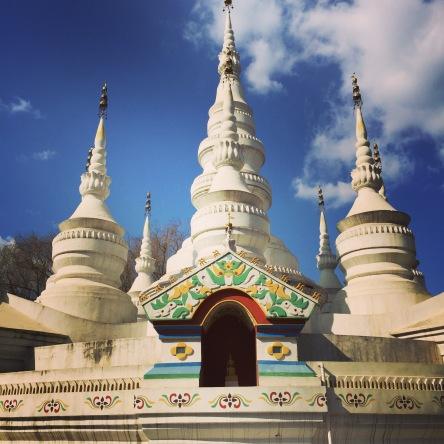 06-Stupas