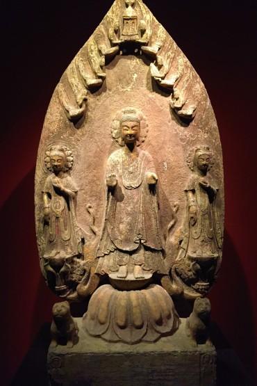 Maitreya and attendant bodhisattvas - 507 avt JC