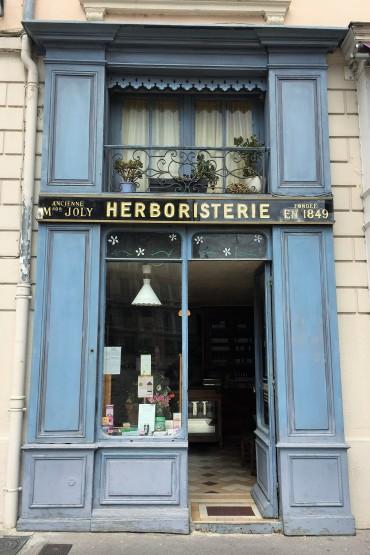 06-A-Place St Jean 2